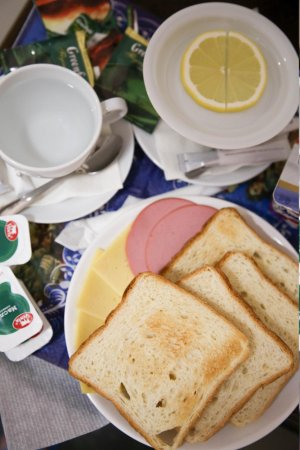 Забронировать отель в санкт-петербурге с завтраком билеты на самолет onedayoneway