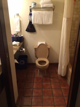 bathroom with old pink toilet and tile picture of best western rh tripadvisor co za