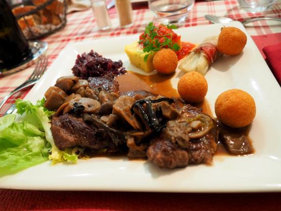 La Bresse, Francia: L'entrecôte forestière