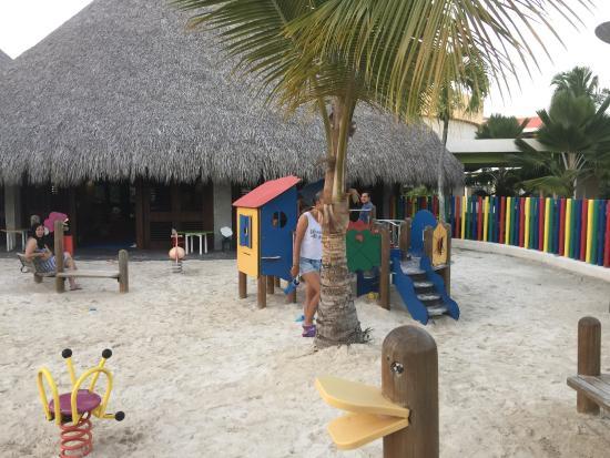 juegos de piscina y playa
