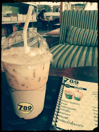 789 Studio & Cafe