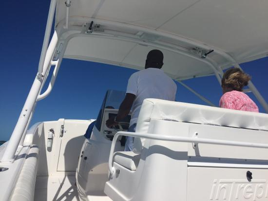 George Town, Gran Exuma: If you are looking for an exciting time on the water,Captain Evvie  is your man. He knows all th