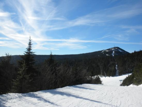 Woodstock, VT: Skiing at Killington...