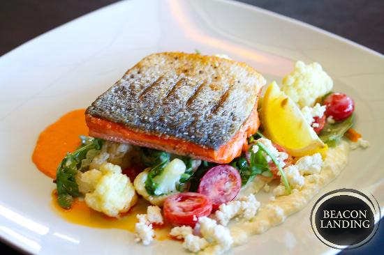 Beacon Landing Restaurant and Pub: Wild Sockeye salmon