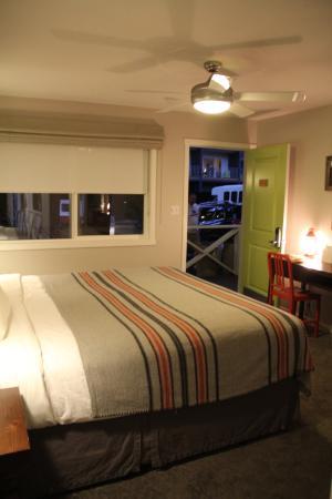 Basecamp Hotel: Ventilador de teto (não tem ar condicionado)