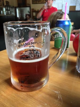 Stratford, นิวซีแลนด์: Best local beer for kilometers