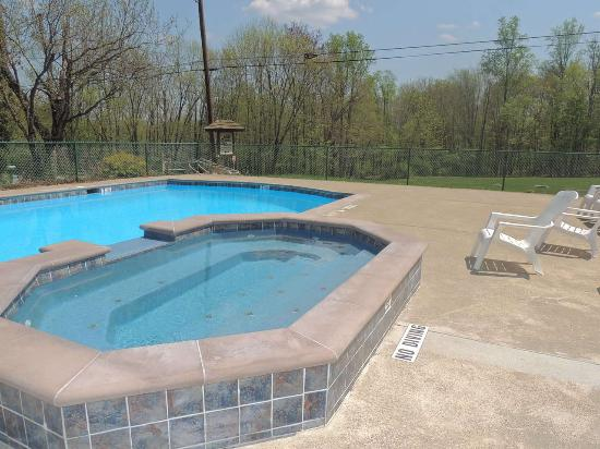 Mountain Vista Campground : Remodeled Pool