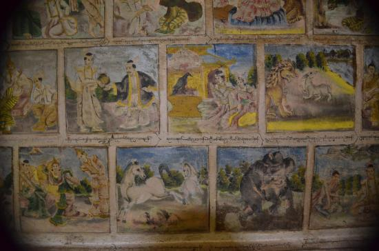 Monywa, Birmania: Grottes de Po Win Daung Ceiling frescoes that should be protected