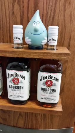 Clermont, เคนตั๊กกี้: Jim Beam with Dennis the drip