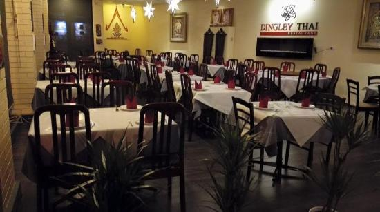 Dingley Village, Australia: Dingley Thai is a warm ambiance, friendly staff.