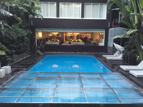 The Sulo Riviera: Excellent Hotel in Manila.