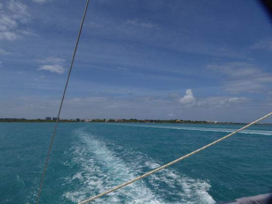 George Town, Wielki Kajman: Desde el catamarán
