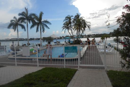 The Palm Bay Club: Another Pool