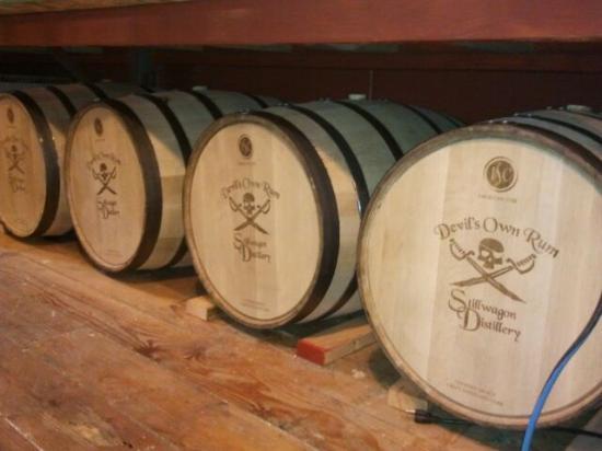 Charleston, Oregón: Truly barrel aged rum!