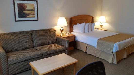Superior, WI: Corporate Deluxe Room