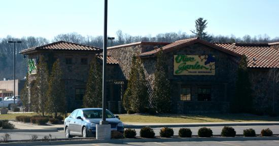 Front Entrance Picture Of Olive Garden Resturant Beckley Tripadvisor
