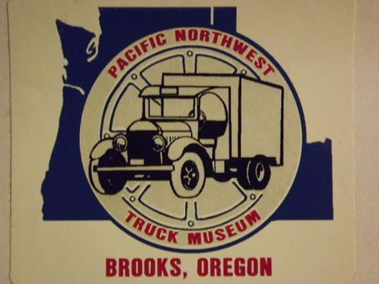 Brooks, OR: Pacific Northwest Truck Musuem