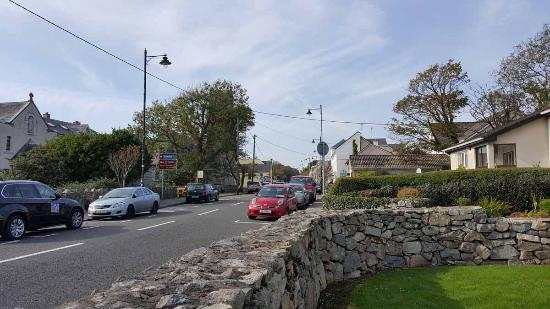 Spiddal, Irland: Right on the edge of town