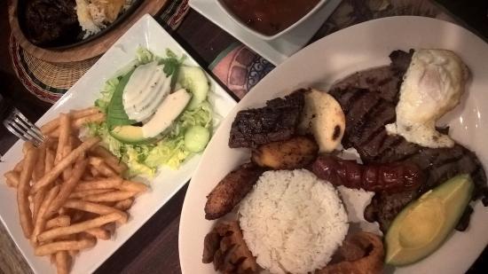 Parador Rojo Restaurant