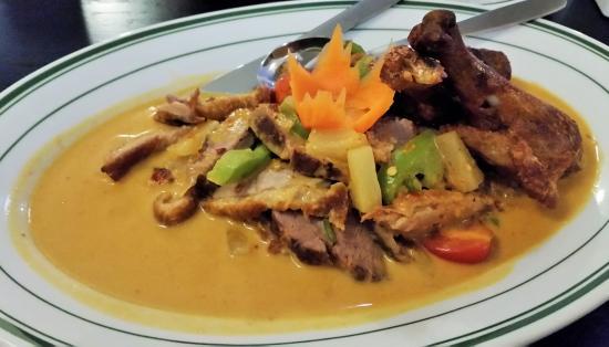 Latham, État de New York : Royal Duck Curry.