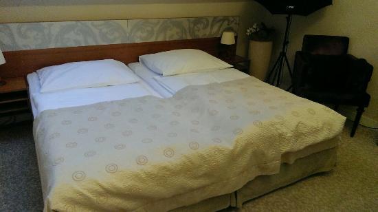 Hotel Aplaus : IMAG2028_large.jpg
