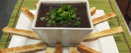 Carbondale, IL: Black Beans Soup (Caldo de Feijao)