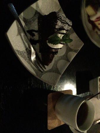 J Cafe, Shijo