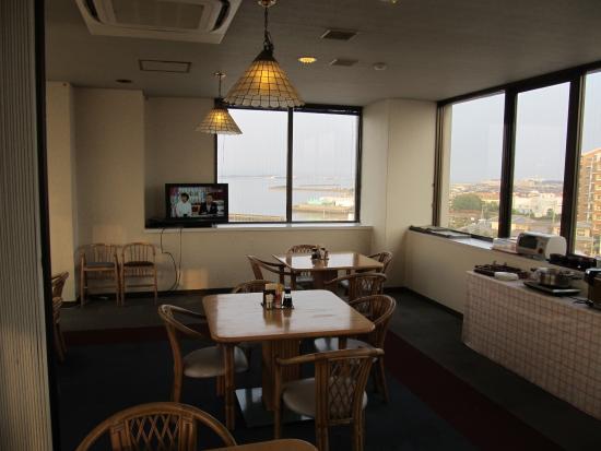 大村市, 長崎県, 6階のレストランで大村湾を眺めながらの朝食