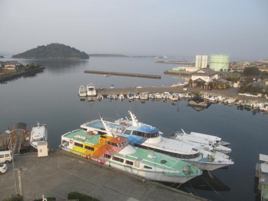 大村市, 長崎県, 6階レストランからの眺め、奥に長崎空港を離発着する飛行機が見れます