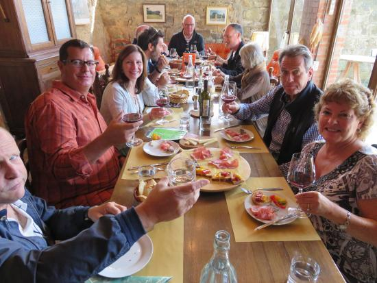 Montalcino, Italien: The chef on staff served a delicious lunch for us too.