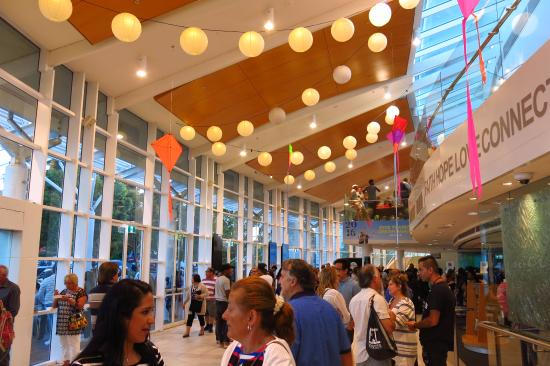 Baulkham Hills, Australia: The lobby area - After the service was over