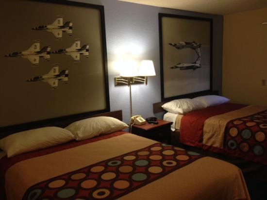 Warner Robins, GA: Upgraded Room