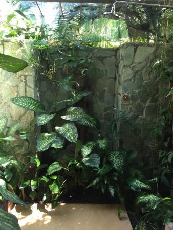 Vajra Sol Yoga Adventures: the outdoor shower