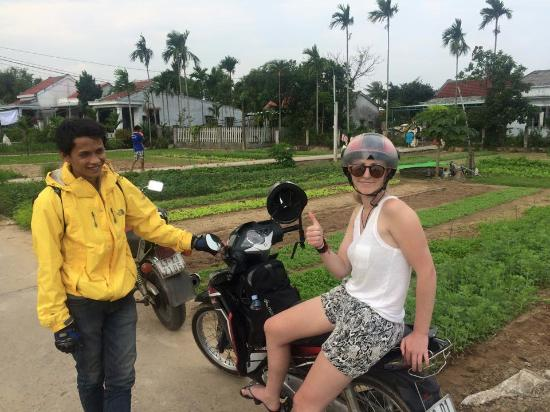 ‪Hoi An Motorbike Tour Adventures‬