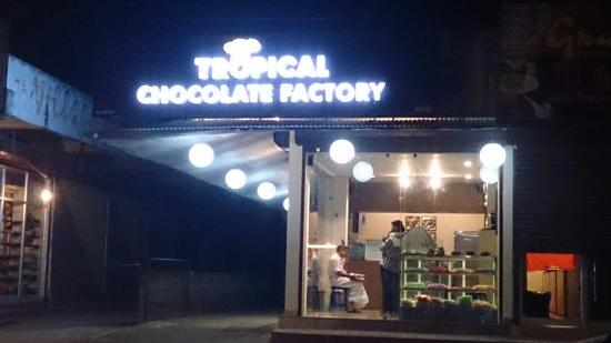 Tropical Chocolate Factory