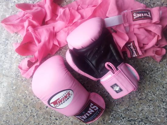 Palapon: Loved it so much had to buy my own gloves!
