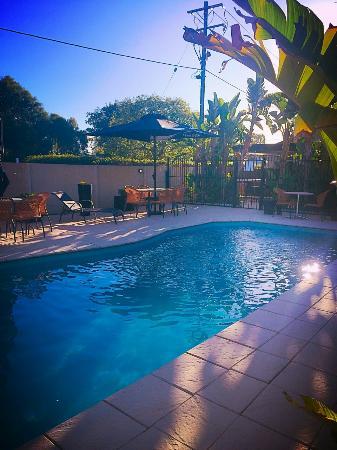 Roma, Australia: Summer Poolside