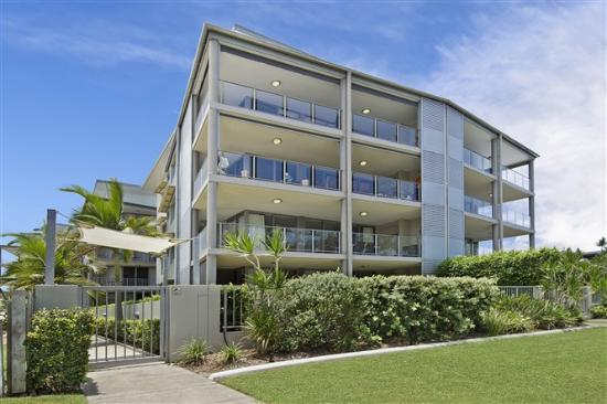On the Bay Apartments - Bribie Island