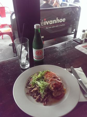Lunch at Cafe Ivanhoe