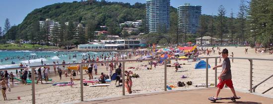 Burleigh Heads, Australien: packed burleigh beach
