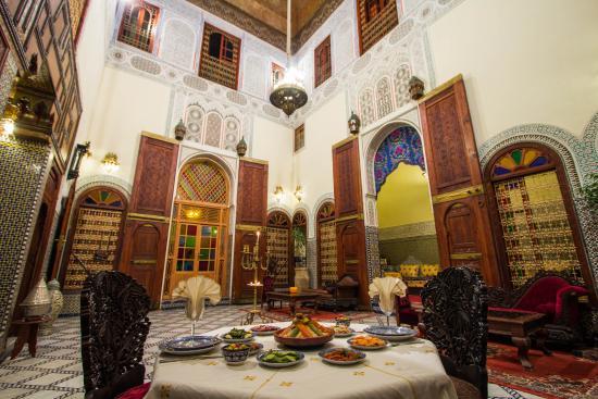 Riad Ibn Khaldoun : Patio