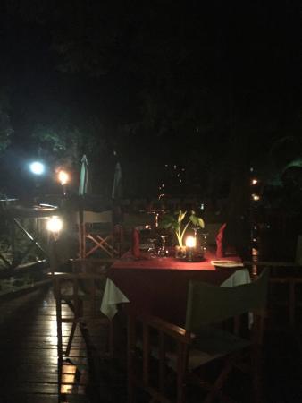 Marloth Park, Sydafrika: Outside Set Evening Dining area