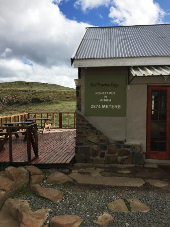 Sani Pass, Lesoto: Highest Pub in Africa