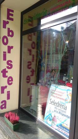 Susa, Italien: La vetrina