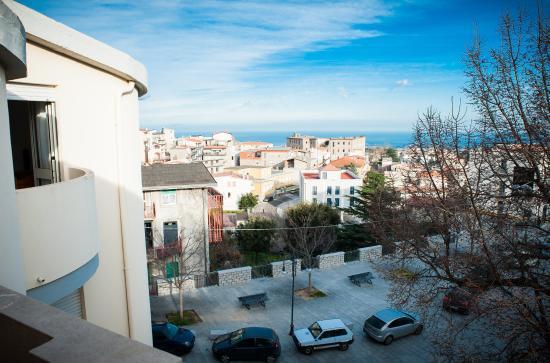 Arzana, Italien: Vista dal balcone della camera