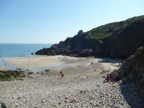 St Martin, UK: The beach to the right