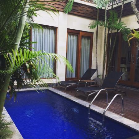 The Dipan Resort Petitenget: Private pool at the pool villa
