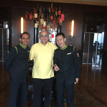 staff at coffee shop restaurant picture of the ritz carlton rh tripadvisor ie