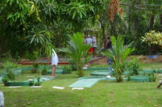Esterillos Este, Kosta Rika: mini golf