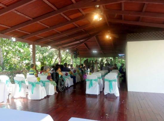 Esterillos Este, Kosta Rika: festivite